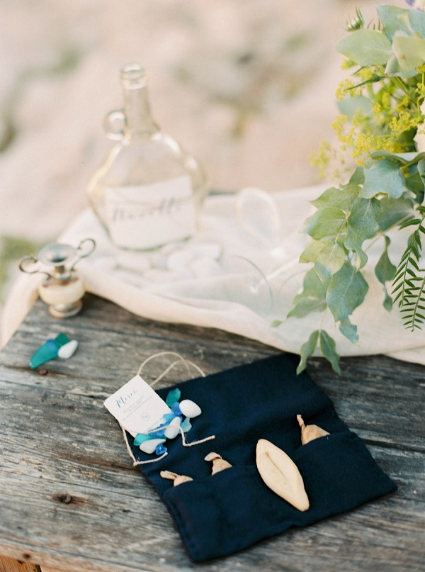 beach wedding details