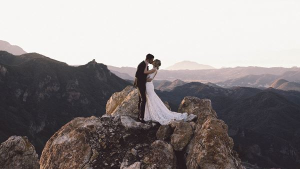 Meet international wedding filmmaker robert michael films for Malibu rocky oaks estate vineyards wedding cost