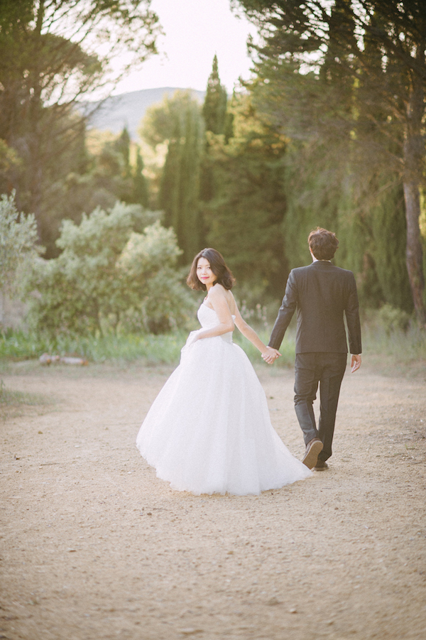 11 Hot Summer Wedding BohemeMoonPhotography Provence wedding sunset