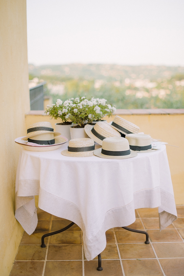 12 Hot Summer Wedding BohemeMoonPhotography Provence wedding guests