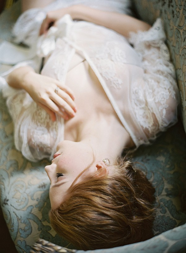 elegant boudoir session