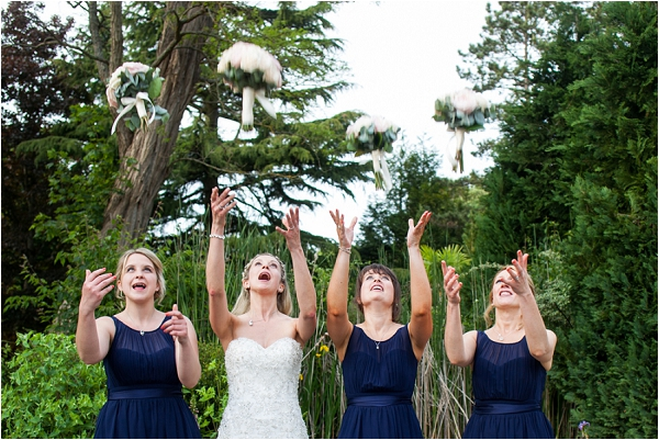 navy blue bridesmaid dresses | Image by Freddy Fremond