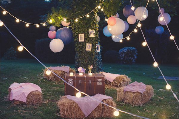 French wedding lighting ideas festoon lights