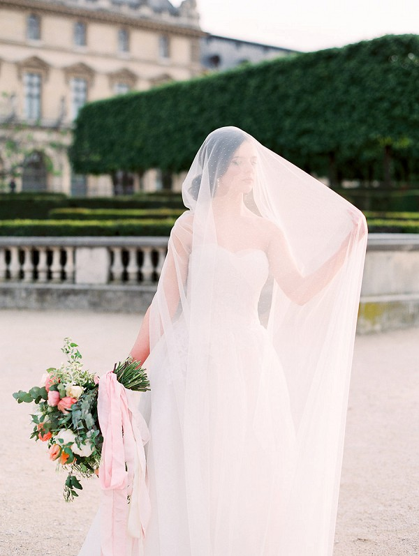 sheer wedding veil inspiration