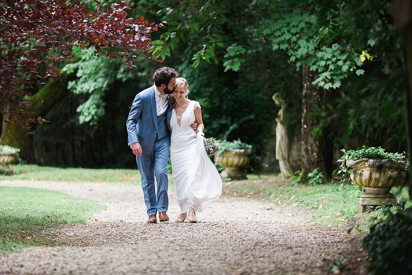 countryside bride and groom portraits