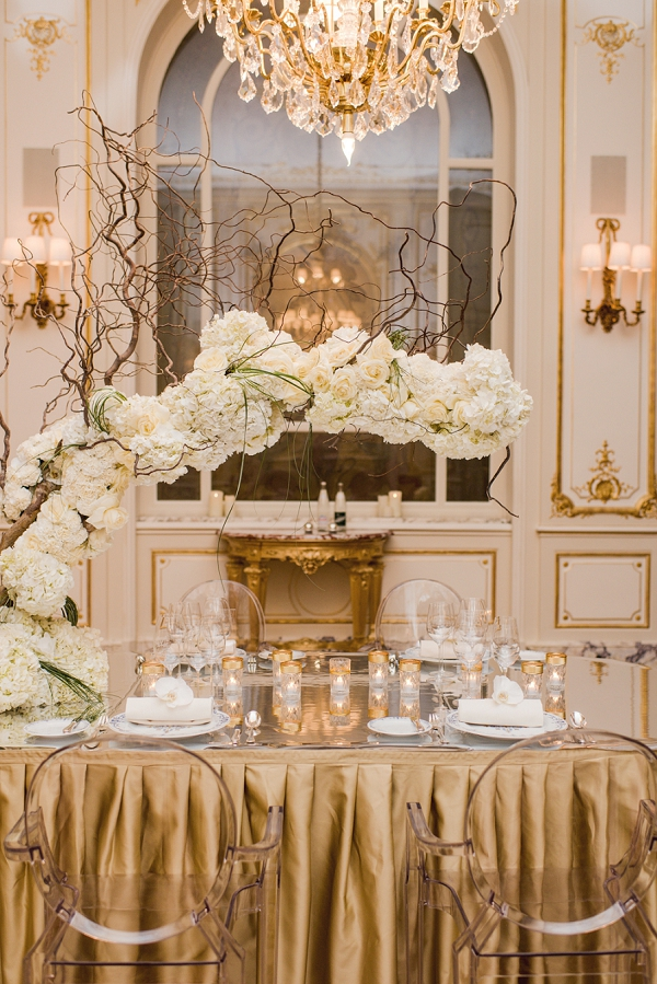 luxury gold wedding decor