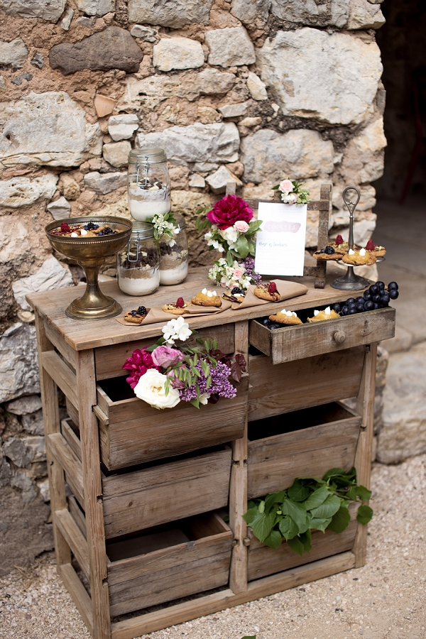 rustic desert table