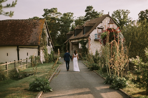 gorgeous countryside wedding