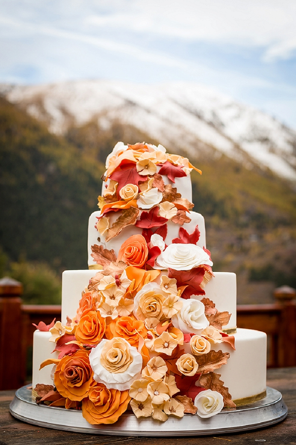 Autumn wedding cake inspo