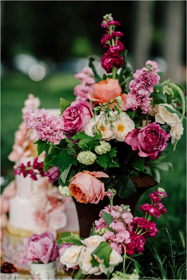 French Flower School Floral Retreat, pretty floral design