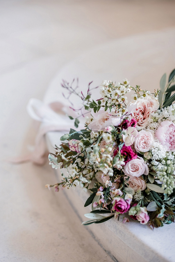 pretty wedding flowers