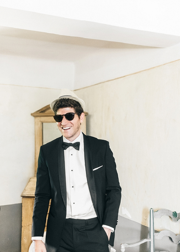 Black tie groom Provence