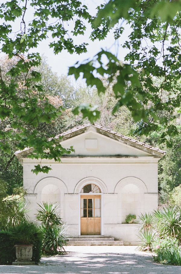 Chateau des Alpilles wedding day