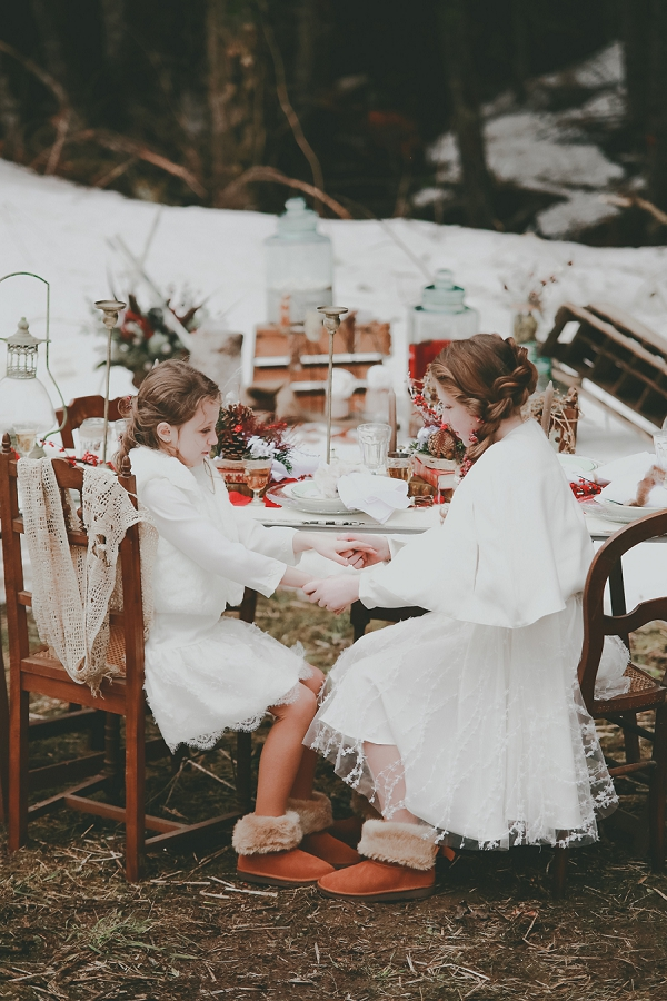 winter wedding flower girls