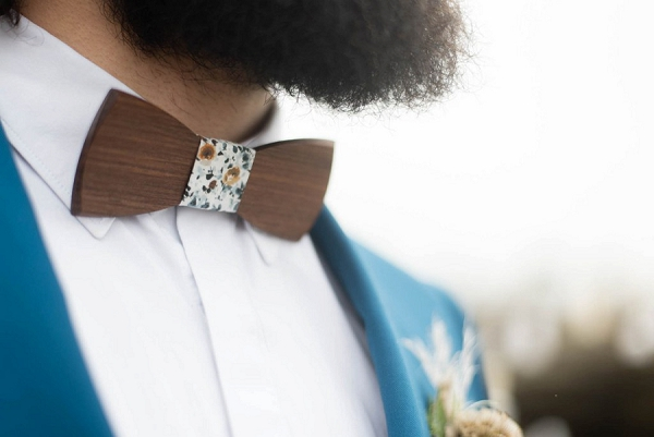 Beach inspired bow tie
