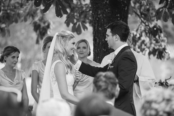 Chateau Rigaud outdoor wedding ceremony