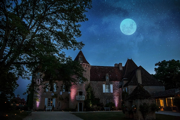 Fairytale Chateau wedding venue Dordogne