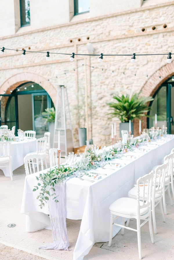romantic outdoor wedding breakfast