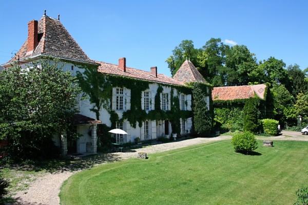 Chateau de Fayolle- Dordogne France