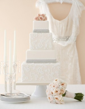 lace glamour wedding cake