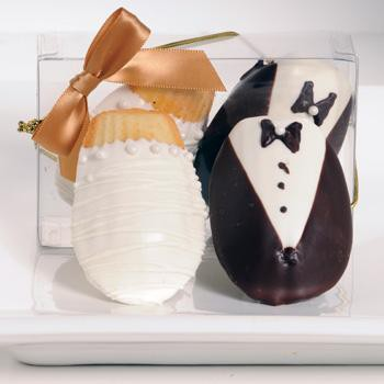 bride and groom Madeleines