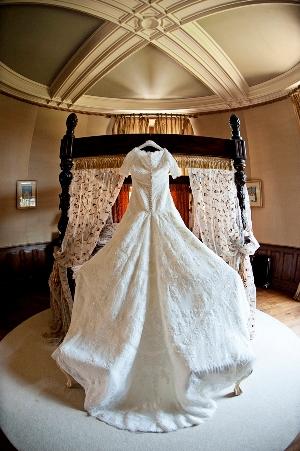 lace french wedding dress