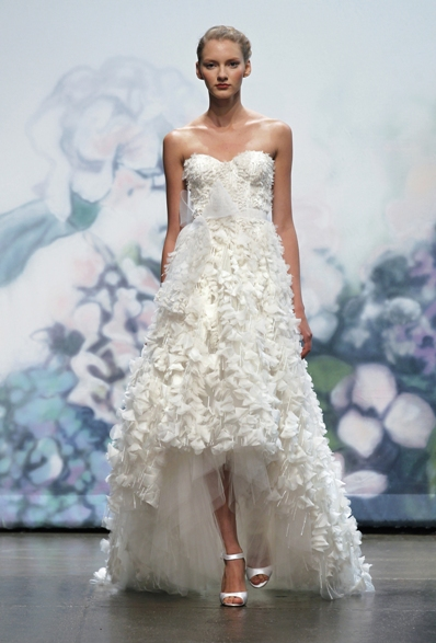 MONIQUE LHUILLIER Garland Bridal 2012