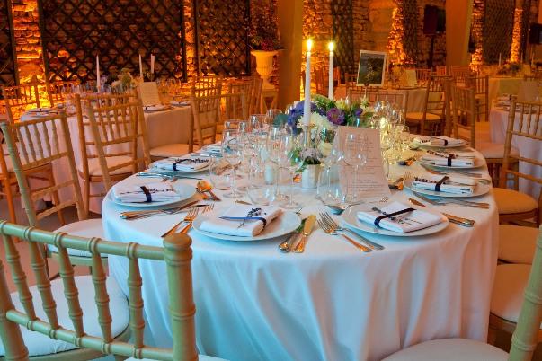 blue and white wedding decoration