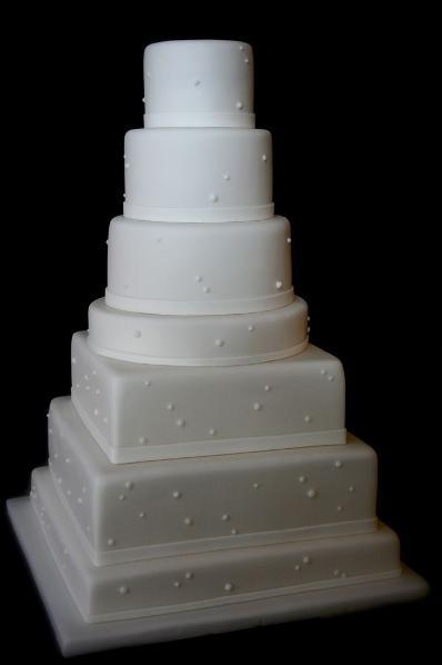 chic wedding cake Paris