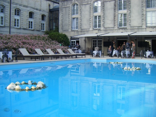 swimming pool wedding