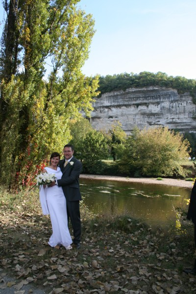 River Vezere wedding