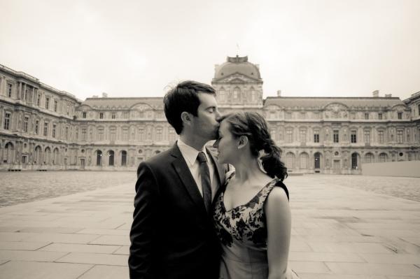 engagement regal courtyard paris