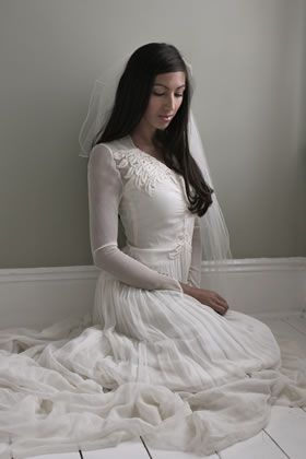 1940 vintage wedding dress