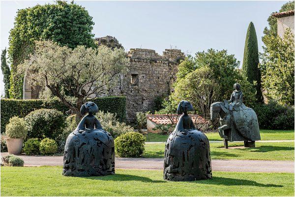 Chateau Saint Martin grounds
