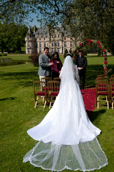 elope french chateau