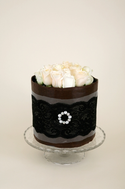 real rose chocolate cutting cake