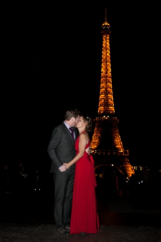 eiffel towerat night engagement