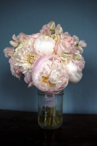 peach wedding flowers bridal bouquet