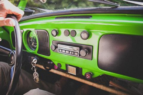 green 2cv wedding car