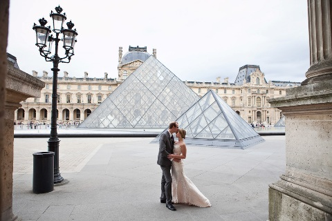 louvre paris wedding