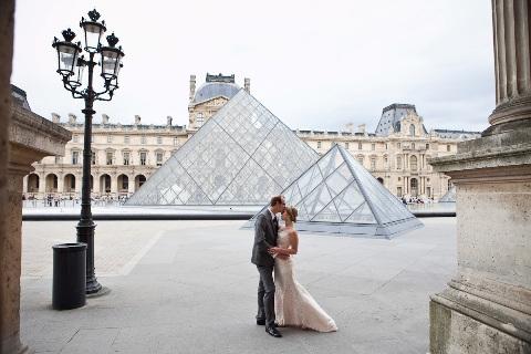 louvre paris wedding