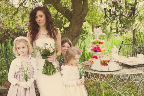 shabby chic woods wedding © - Christy Blanch Photography / French Wedding Style Blog