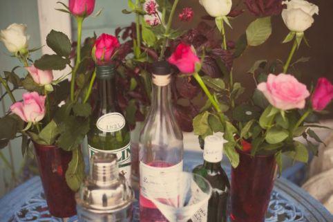 wild wedding roses © - Christy Blanch Photography / French Wedding Style Blog