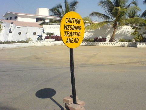caution wedding traffic