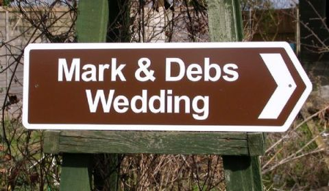 wedding road signs like the AA