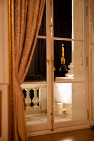 view hotel crillion paris