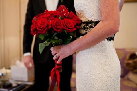wedding red roses paris