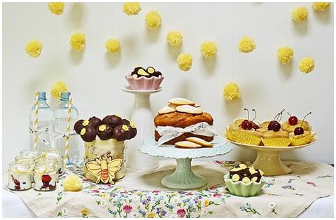 yellow dessert bar