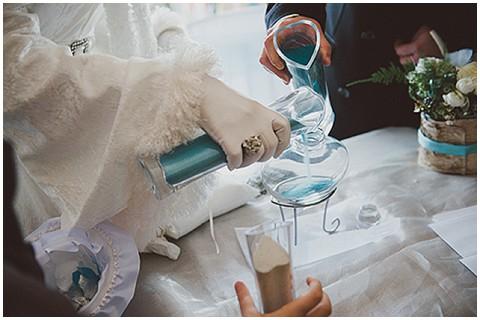 Bridal satin gloves