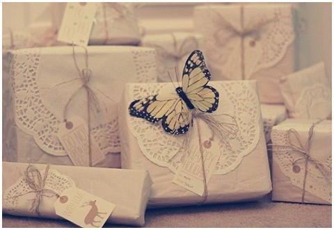 doily wrapping paper